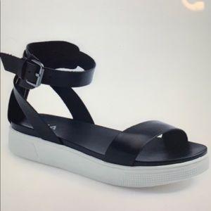 Mia Ellen Platform Sandals